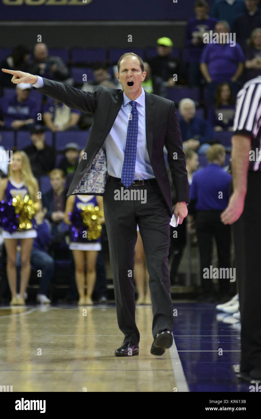 Seattle, WA, USA. 17th Dec, 2017. UW Head Coach Mike Hopkins directs his team during an NCAA basketball game between Stock Photo