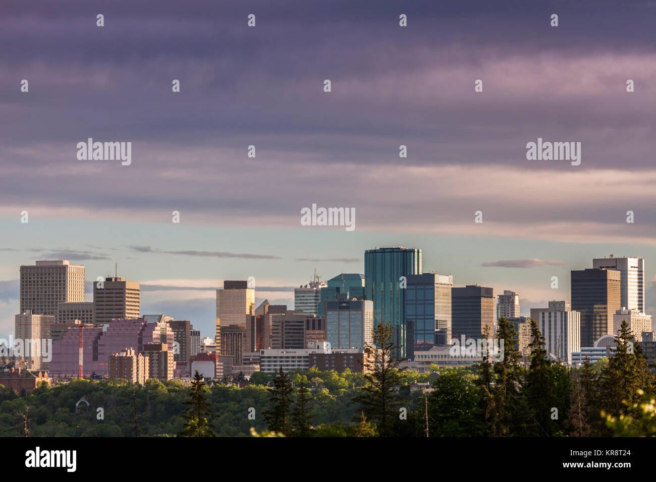Canada, Alberta, Edmonton, Cityscape with moody sky - Stock Image