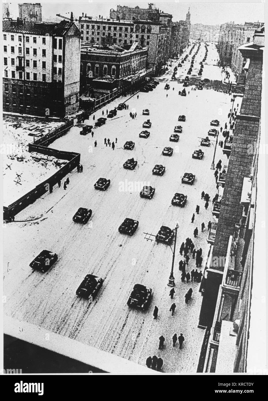Tanks leave Moscow after a parade, going straight to the front-line. This is a view of Gorky Street. Date: November - Stock Image