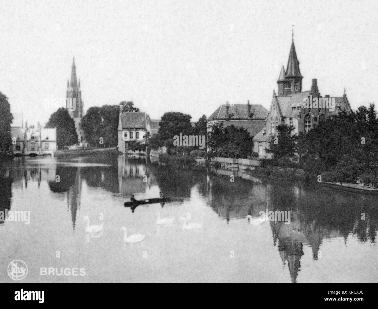 View of Le Lac d'Amour (Lake of Love, Minnewater), a medieval harbour in Bruges (Brugge), Belgium. Date: circa - Stock Image