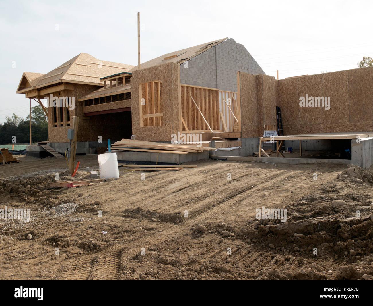 Subdivision ontario stock photos subdivision ontario for Building a house in ontario
