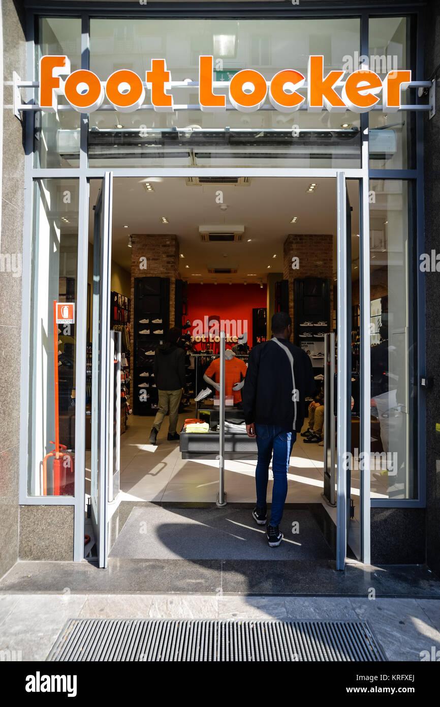 Nike shop window stock photos nike shop window stock for Milan factory outlet