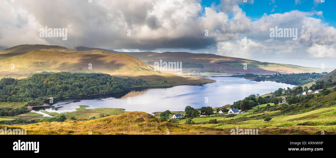 early-morning-panorama-over-dunlewy-lough-dunlewy-county-donegal-ireland-KRNWXP.jpg