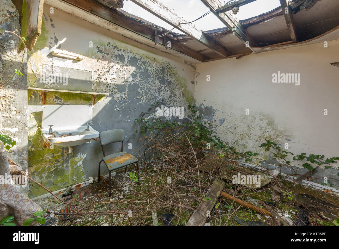 Isle Of Wight Deserted Stock Photos Isle Of Wight Deserted Stock Images Alamy