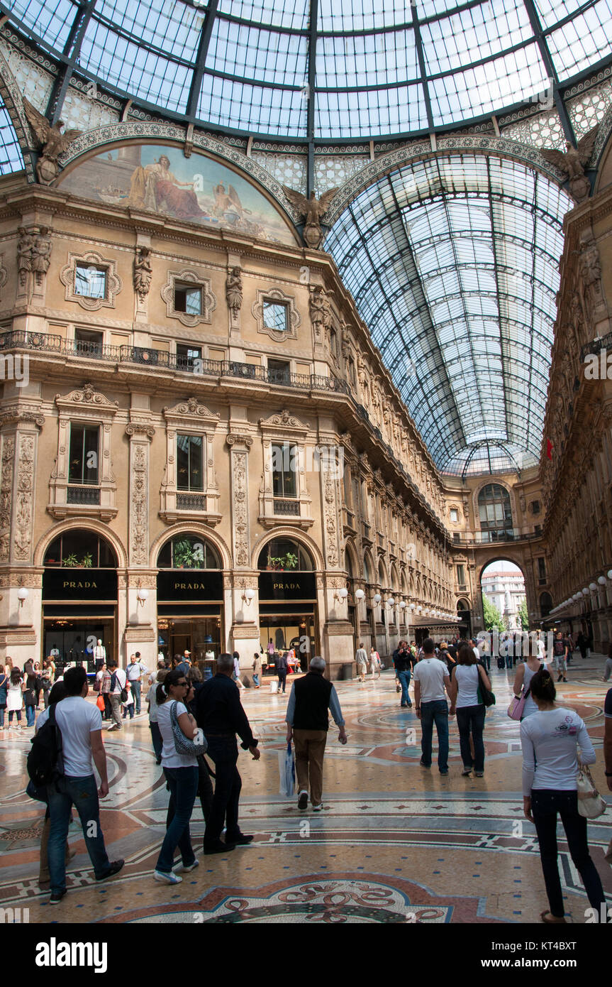 Milan Shops Stock Photos & Milan Shops Stock Images
