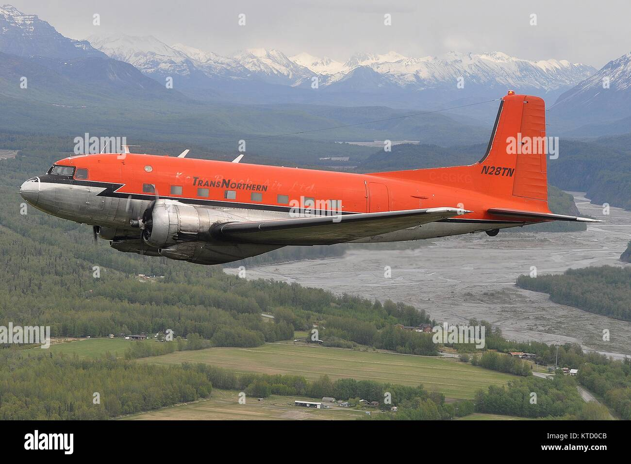 TRANSNORTHERN AVIATION DOUGLAS C-117D N28TN NEAR PALMER, ALASKA. - Stock Image