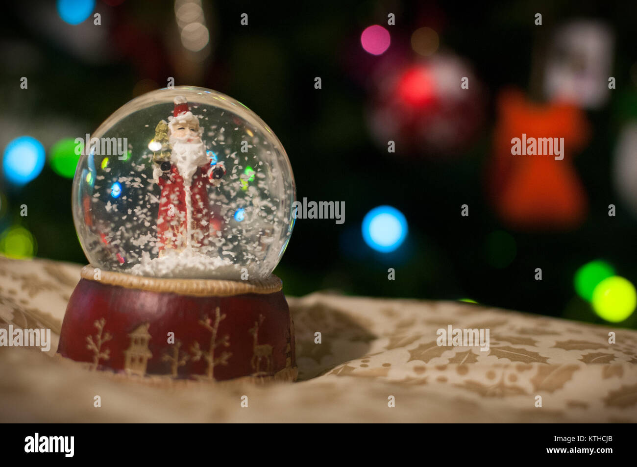 a-crystal-ball-with-santa-claus-inside-K
