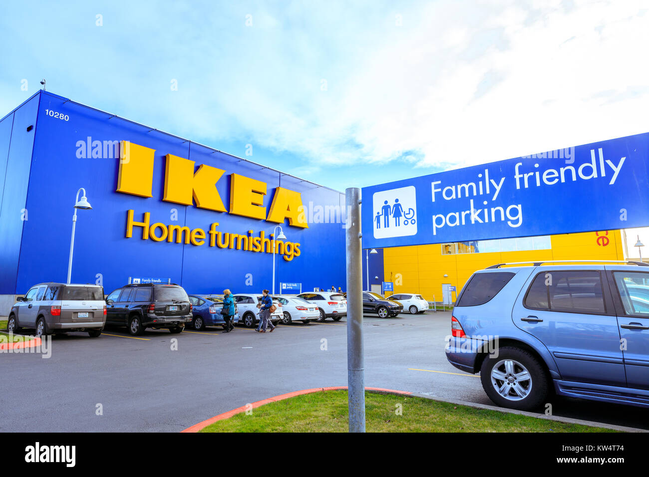 The first large-scale IKEA project in the U.S., the ,square-foot IKEA Elizabeth opened May 23, on 21 acres at exit 13A of the New Jersey Turnpike. IKEA expanded the location across.