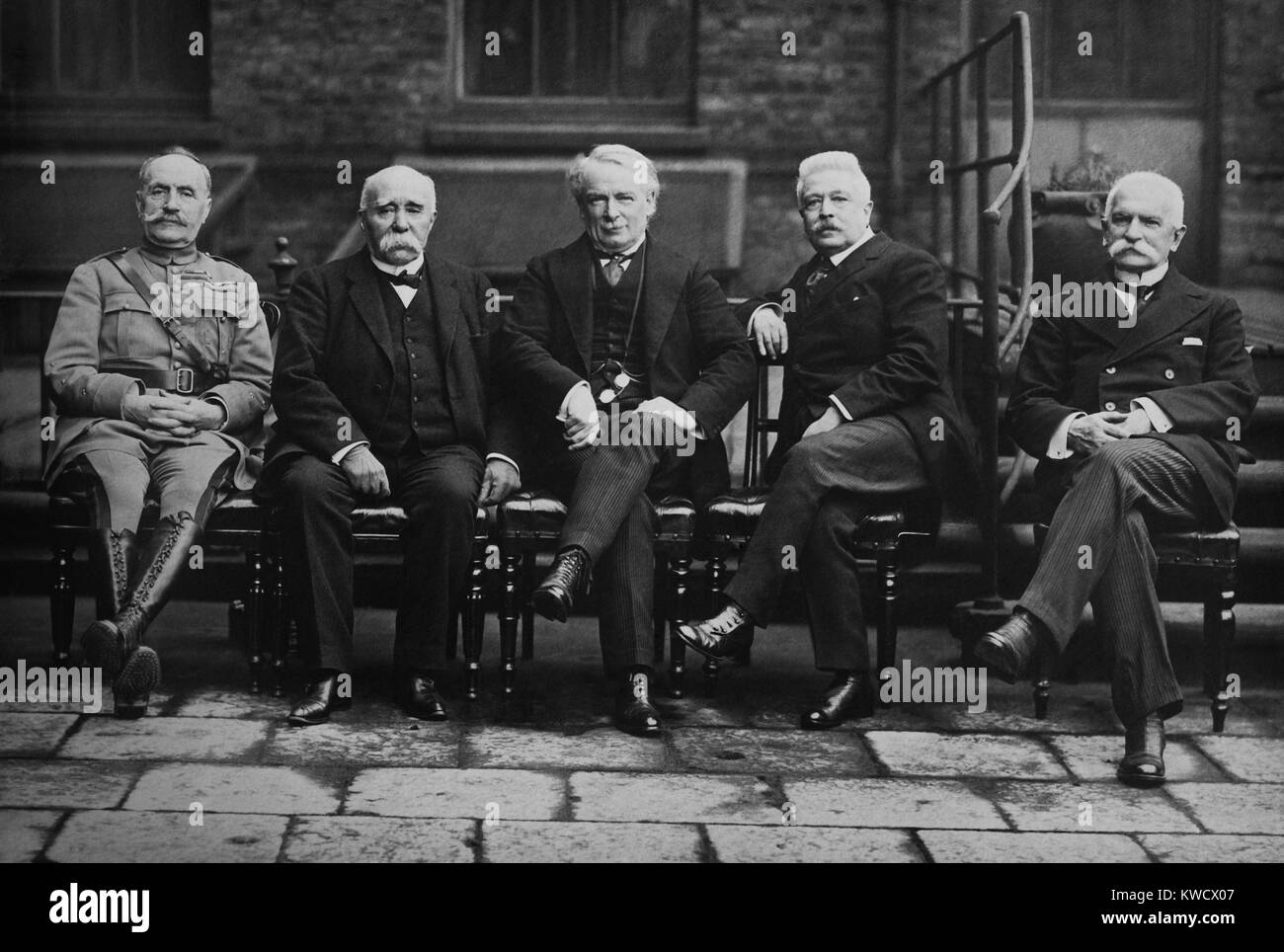 European Allied leaders in Paris Peace Conference, 1919. L-R: French Marshal Ferdinand Foch, French Premier Georges - Stock Image
