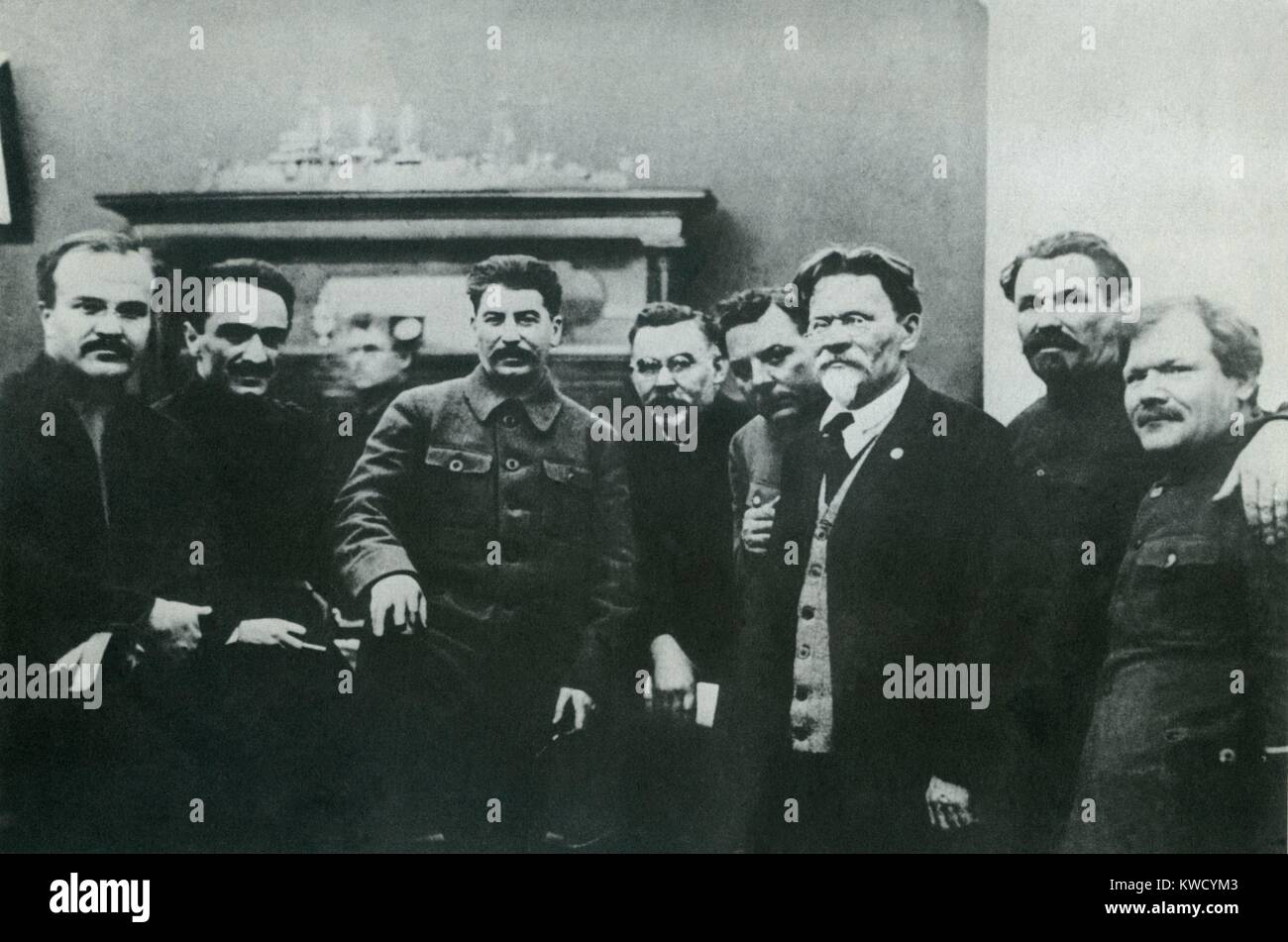 Stalin photographed with high Soviet officials, in March 1929. L-R: Vyacheslav Molotov, Anastas Mikoyan, Josef Stalin, - Stock Image