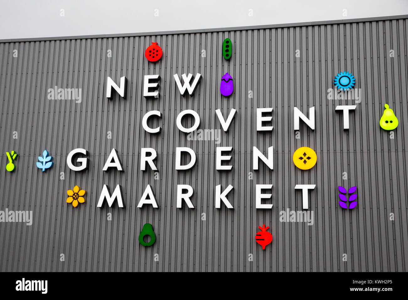 London, UK. 20th December, 2017. Signage for New Covent Garden Market at Nine Elms. - Stock Image