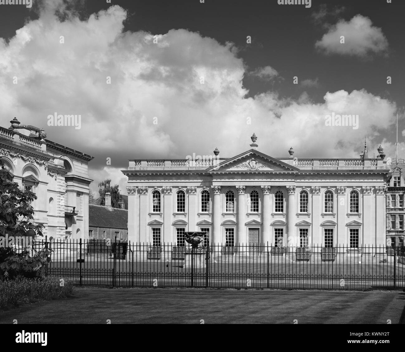 Cambridge University Senate House and Old Schools on King's Parade - Stock Image