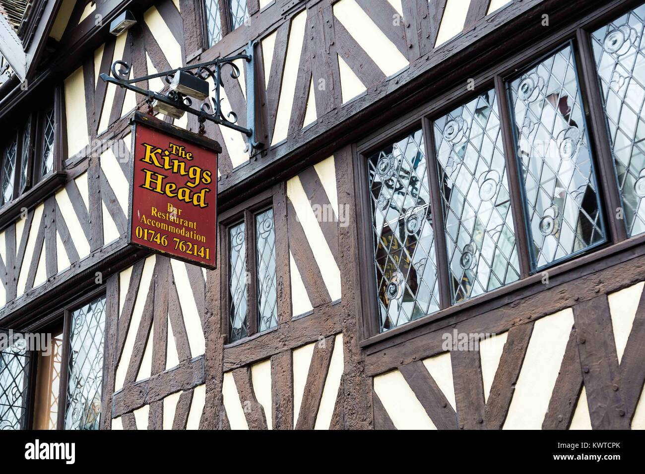 The King's Head Black & white timber framed pub or public house in Bridgnorth, Shropshire - Stock Image