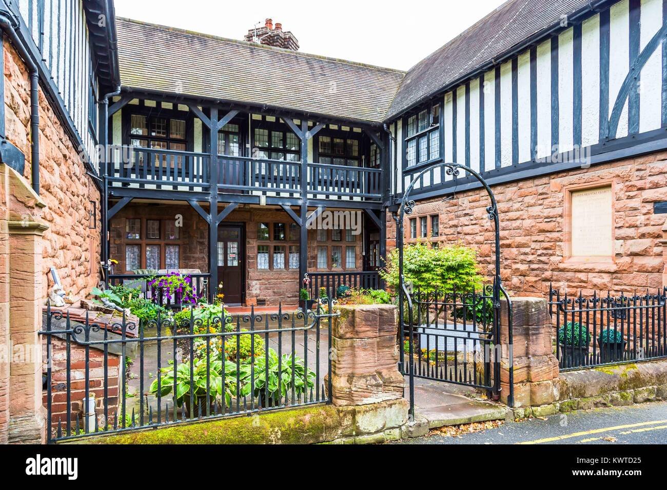 Palmers Hospital in St Leonards Close, Bridgnorth. Founded in 1687 & completely rebuilt in 1889. Founded from - Stock Image