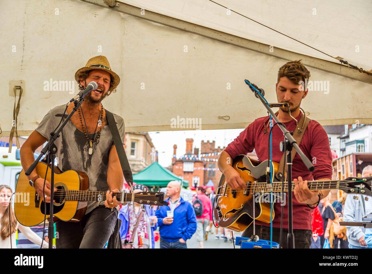 Sunday, 30th August, 2015 in High Street, Bridgnorth holding the 2015 Music & Arts Festival. A great crowd of - Stock Image