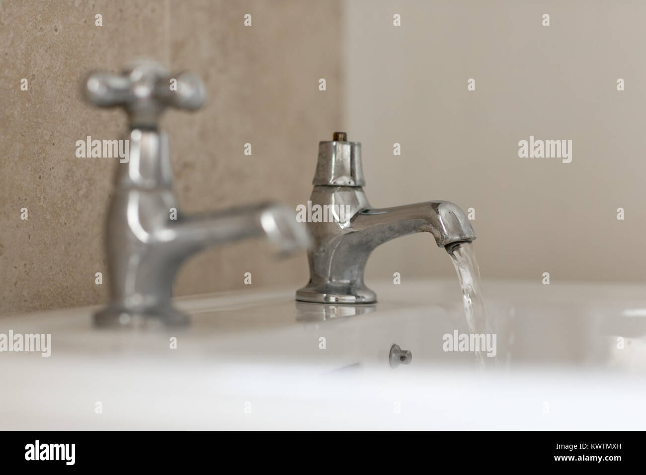 Utility Sink Stock Photos Amp Utility Sink Stock Images Alamy