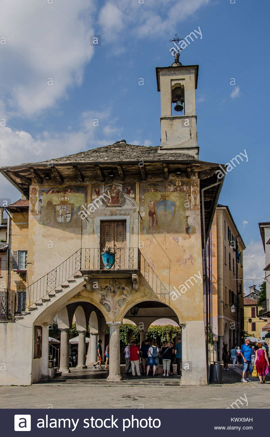 In its location facing Lake Orta, Orta San Giulio is a one of the top destinations for tourists visiting the Verbano - Stock Image