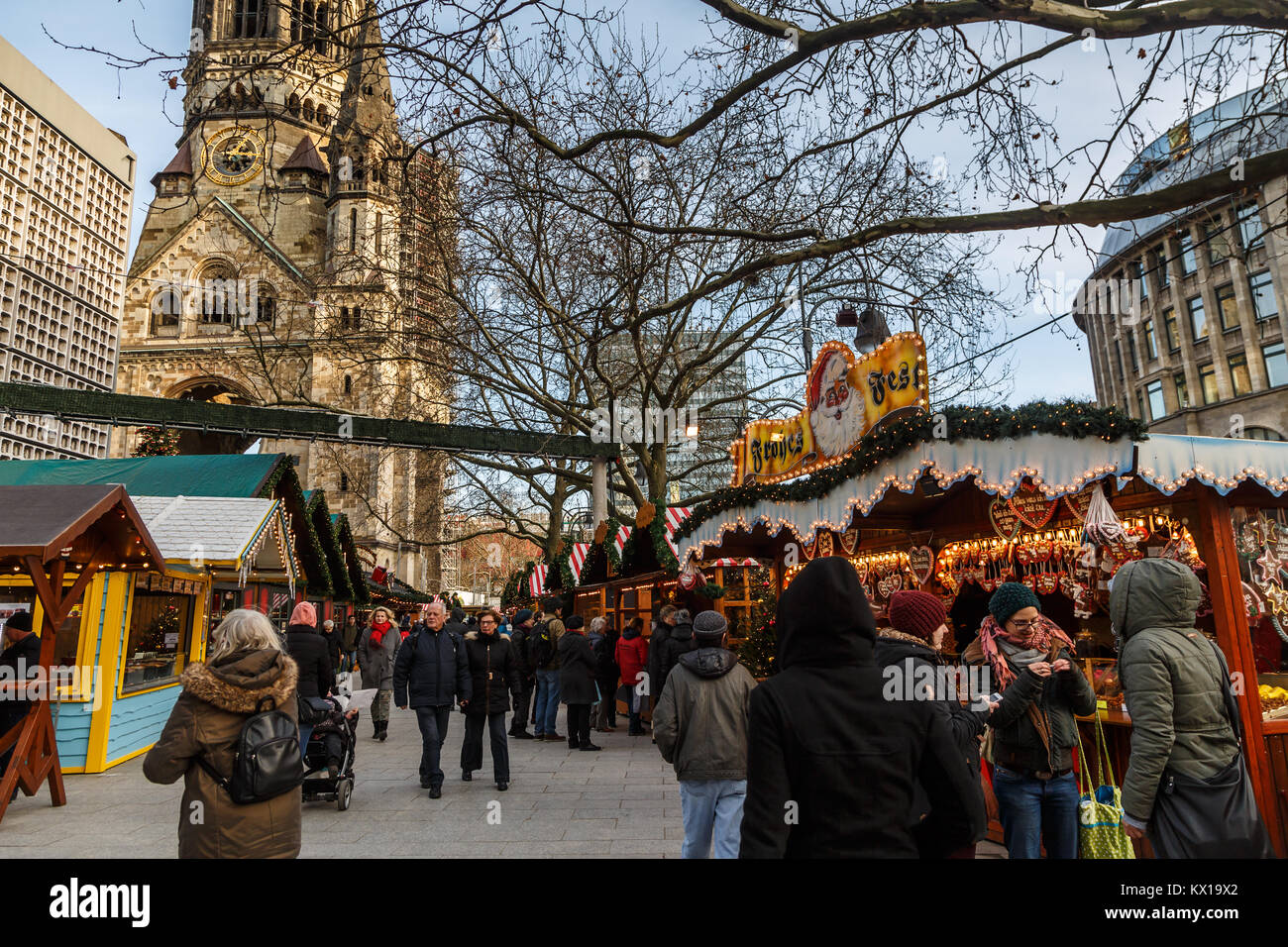People shopping in the Christmas market, Berlin, Germany - Stock Image