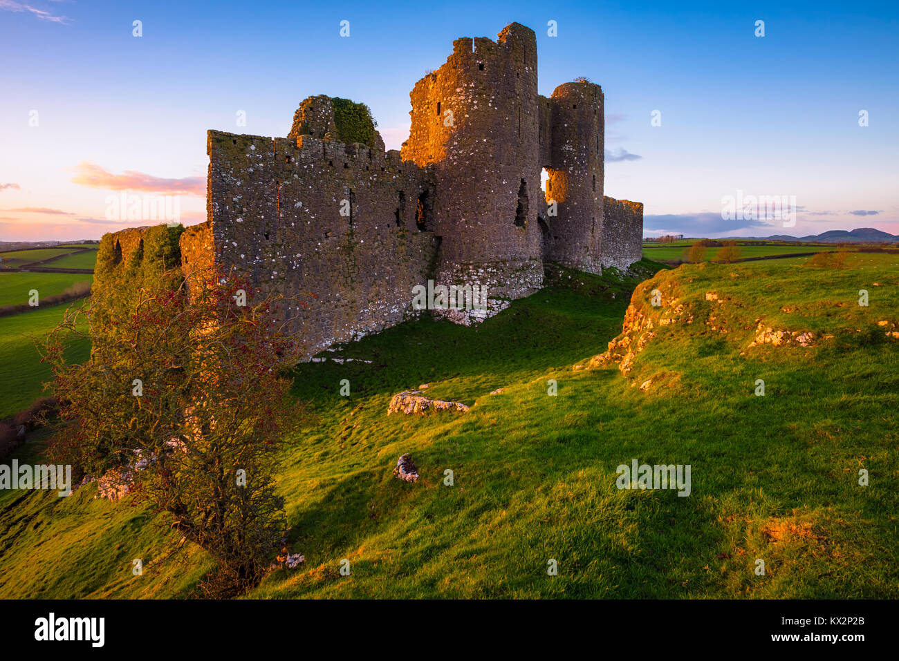 Ruins of Castle Roche, County Louth in Ireland - Stock Image