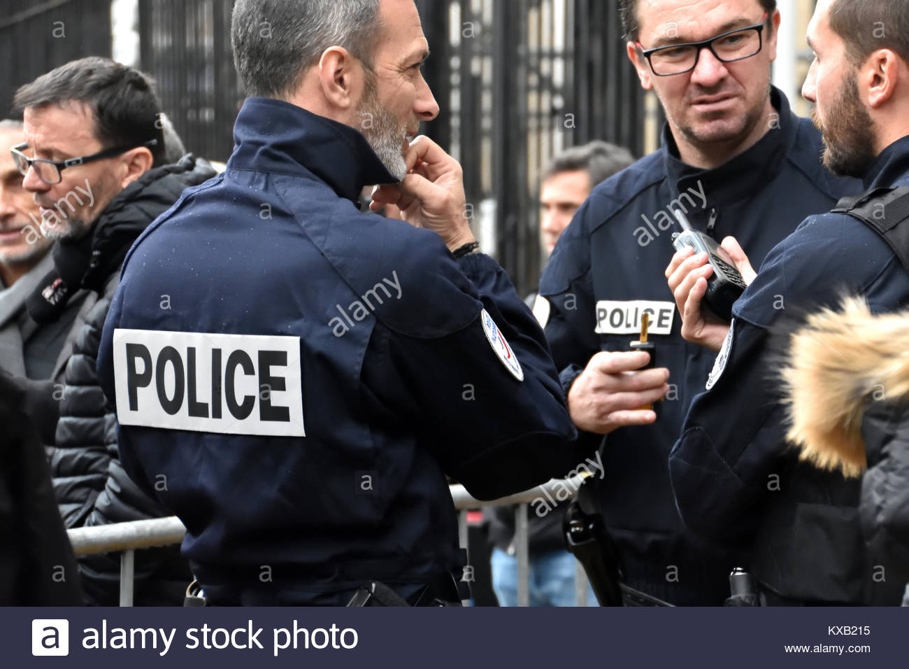 a discussion of peoples attitude towards police officers Research on the factors influencing the public image of the police have better attitudes toward the police than people police officers who.