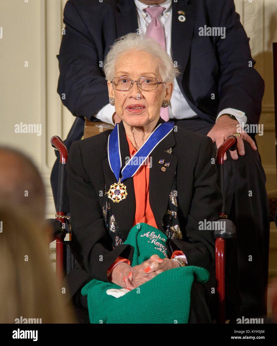 Former NASA mathematician Katherine Johnson receiving the Presidential Medal of Freedom - Stock Image