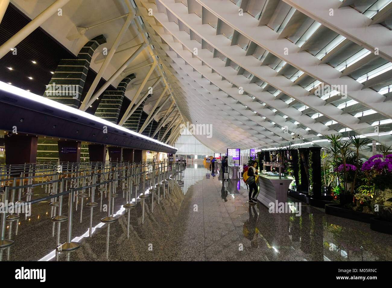 how to get from taoyuan airport to taipei
