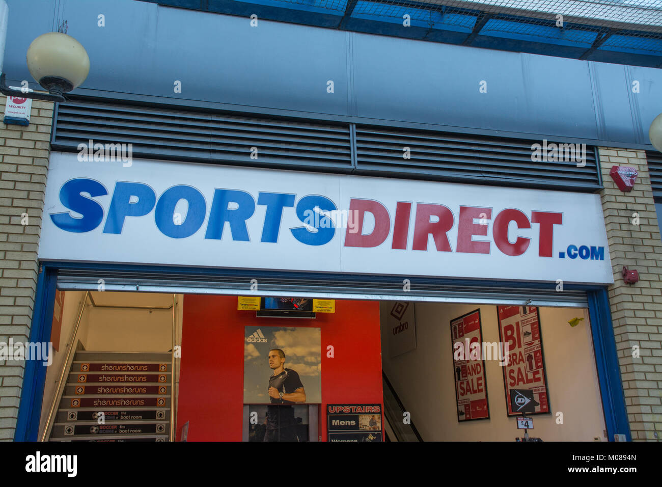 sports direct uk stock photos sports direct uk stock images alamy. Black Bedroom Furniture Sets. Home Design Ideas