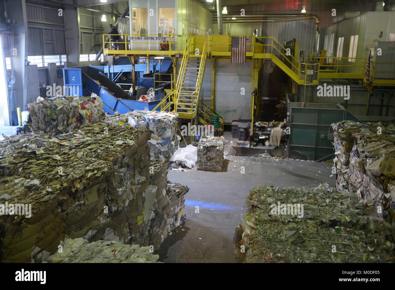 Recycling transfer facility, Rockland County, NY - Stock Image