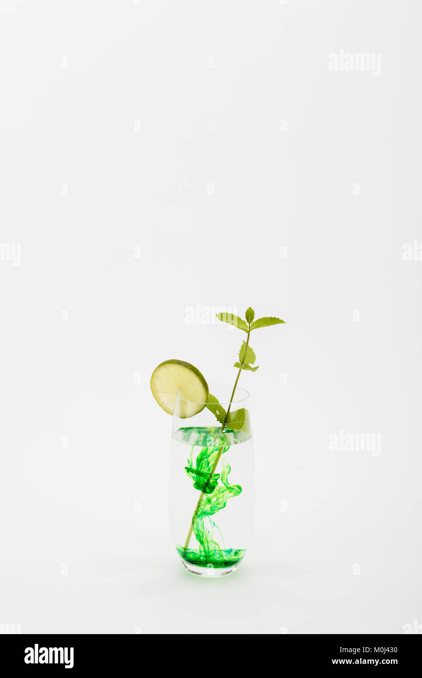 Fresh Mint Leaves In Glass Stock Photos Amp Fresh Mint