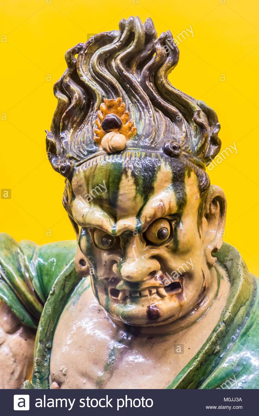 royal-ontario-museum-rom-chinese-statue-