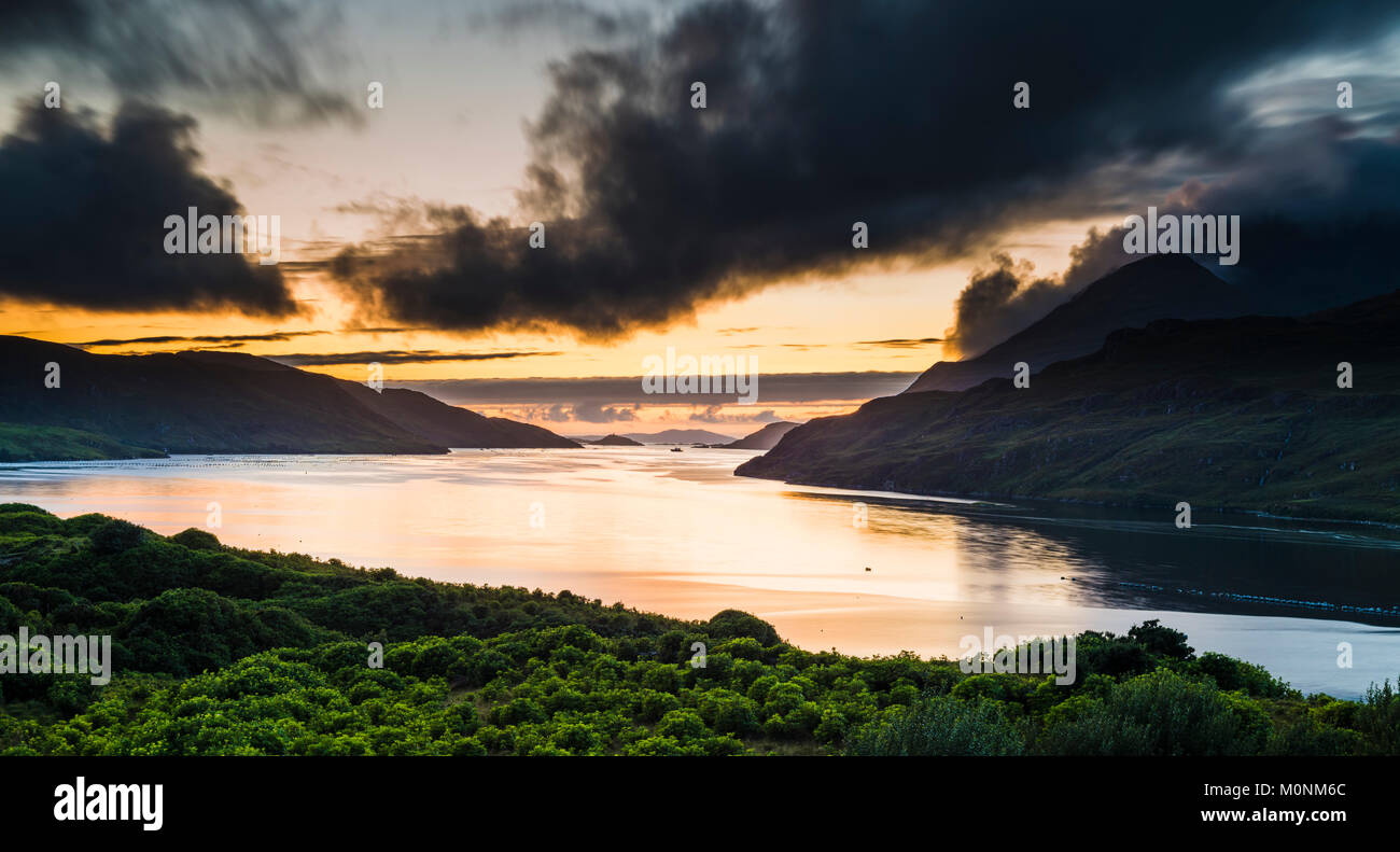 looking-west-at-dusk-along-the-fjord-of-killary-harbour-on-a-still-M0NM6C.jpg