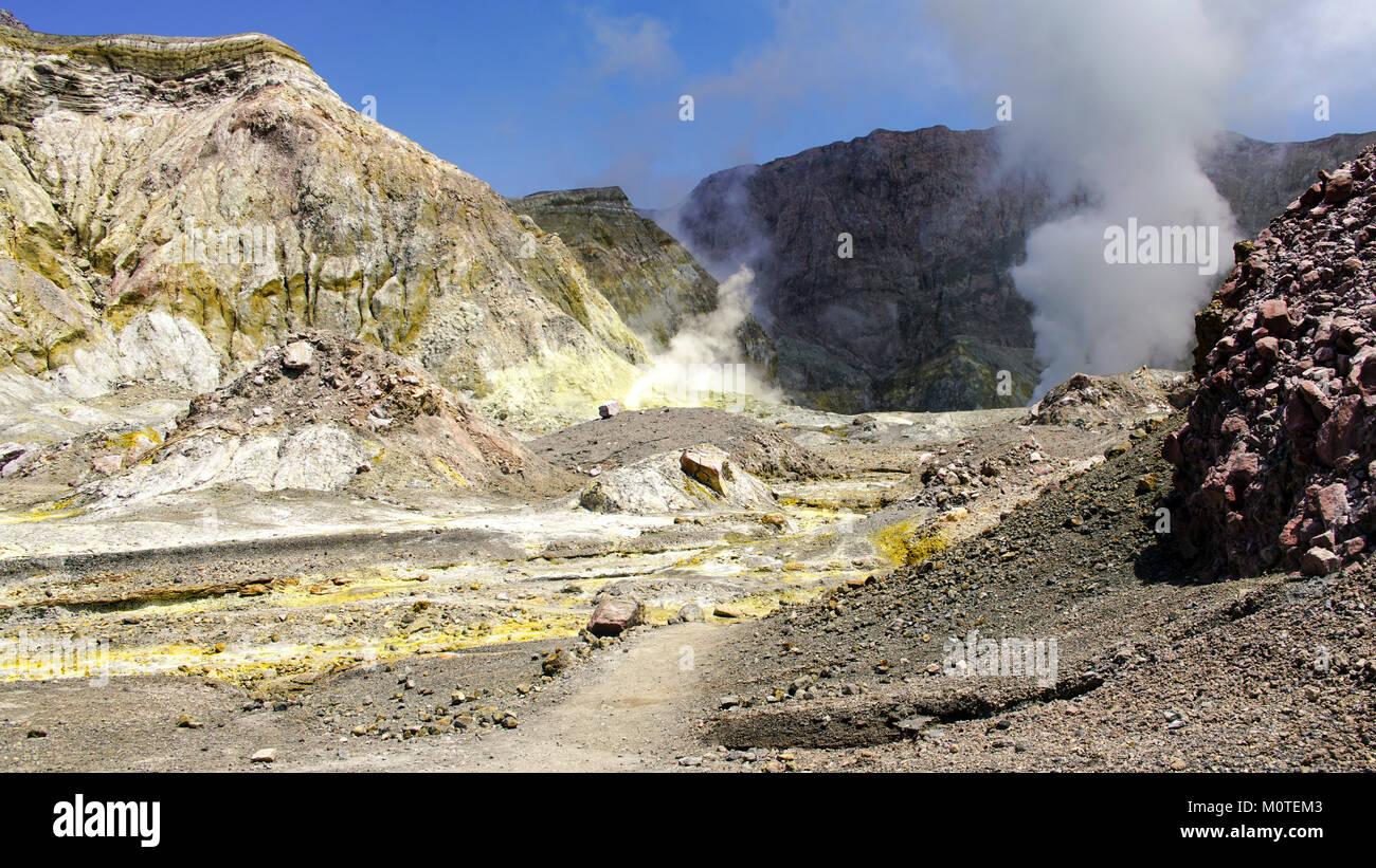 White Island / Whakaarian volcano. New Zealand. Bay of Plenty. Hiking toward the caldera. - Stock Image