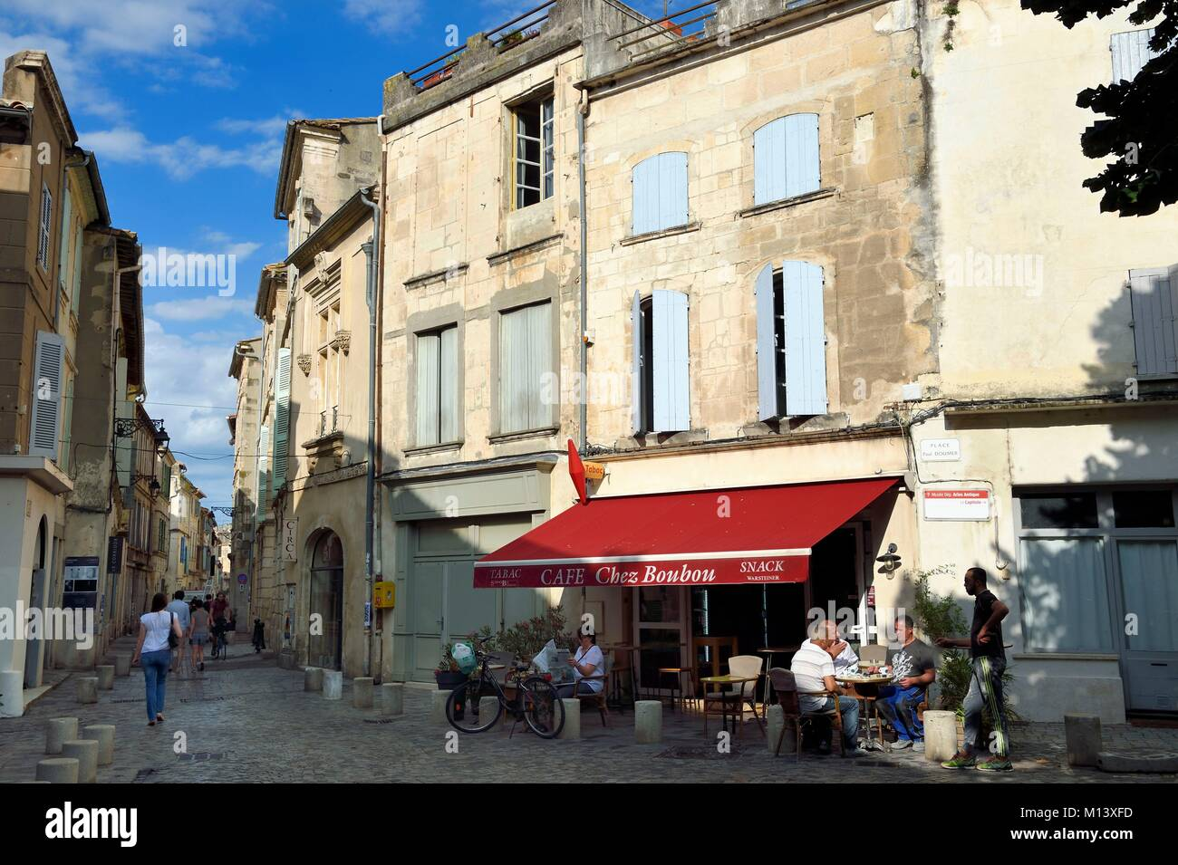back street cafe in france stock photos back street cafe in france stock images alamy. Black Bedroom Furniture Sets. Home Design Ideas