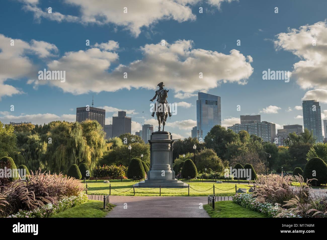Boston, United States: October 13, 2017: Washington Statue and Boston Skyline - Stock Image