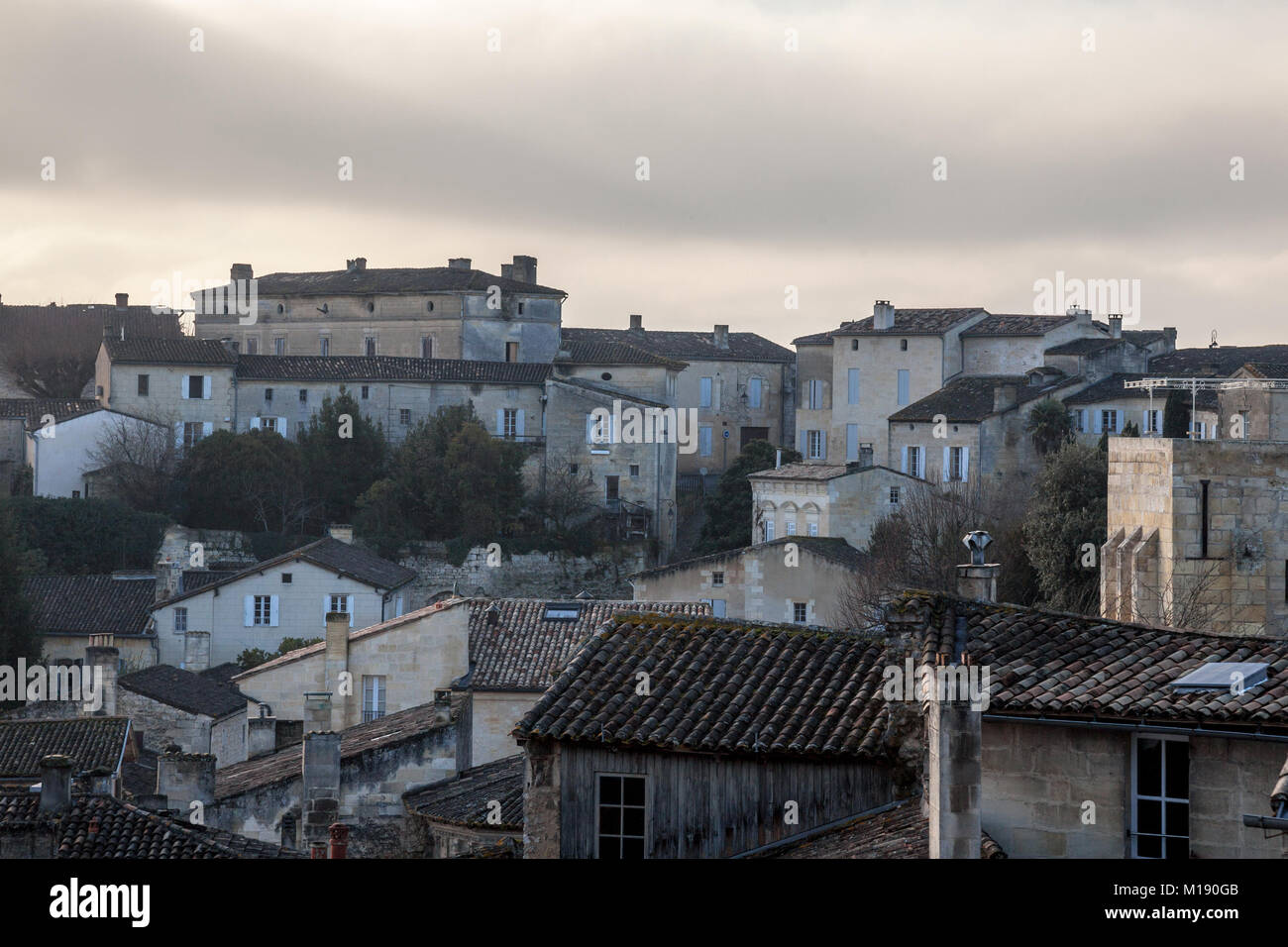 Panorama of the medieval city of Saint Emilion, France with typical traditional Southwestern (Aquitaine houses), - Stock Image