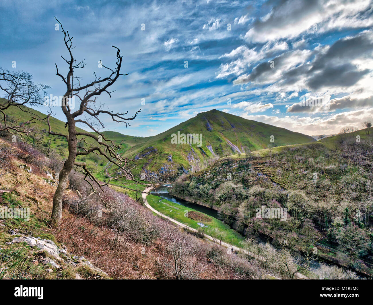 Dove Dale valley, UK. 1st January, 2018. UK Weather: A find day for walking along Dove Dale valley & Thorpe - Stock Image
