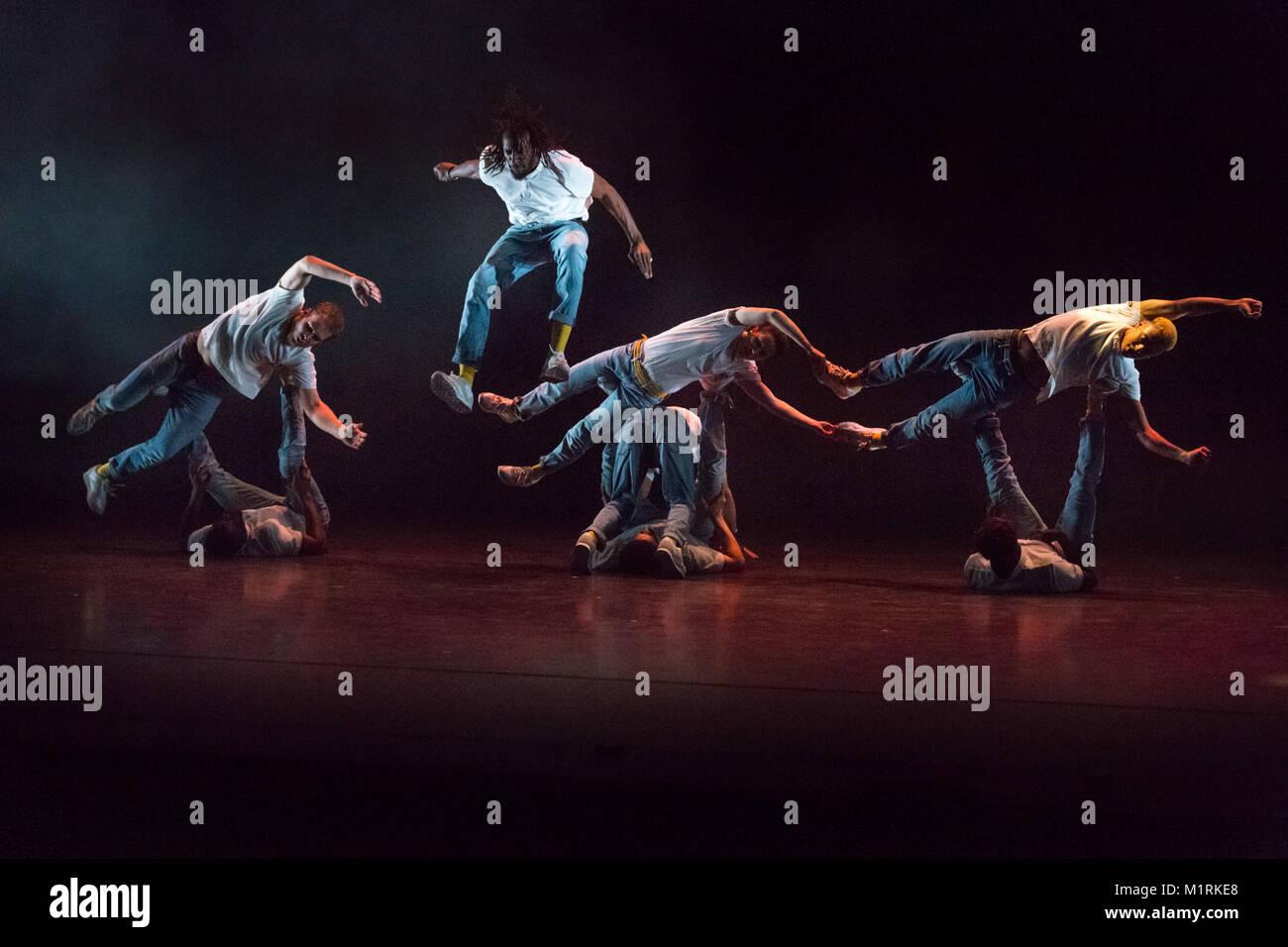 Sadler's Wells Theatre, London, UK, 1st Feb 2018. French b-boy crew Yeah Yellow present and energetic hip hop dance - Stock Image