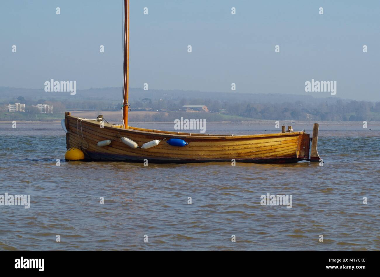Wooden Dinghy Stock Photos & Wooden Dinghy Stock Images - Alamy