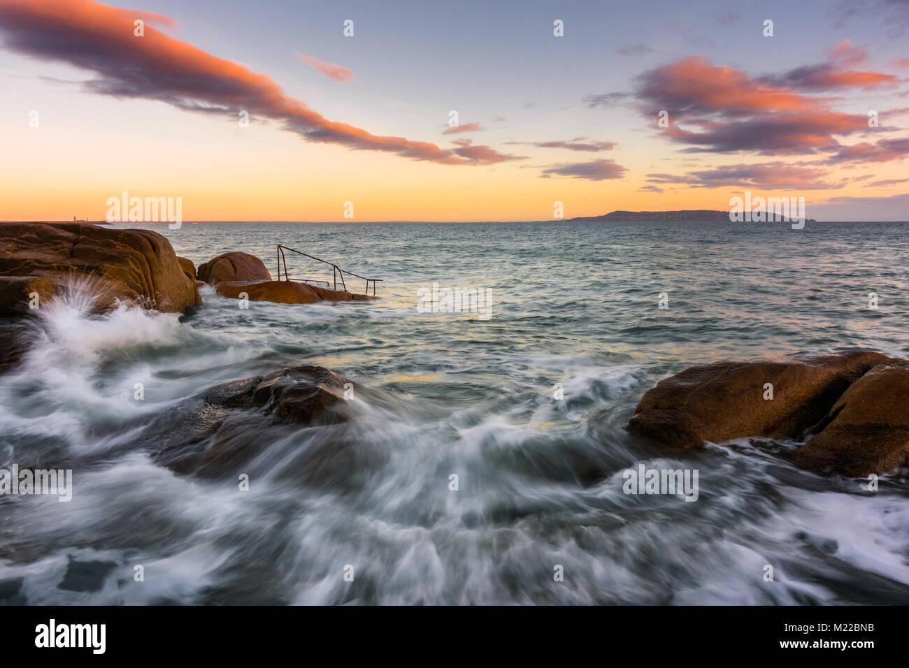 Sunrise at 40 Foot in Ireland - Stock Image