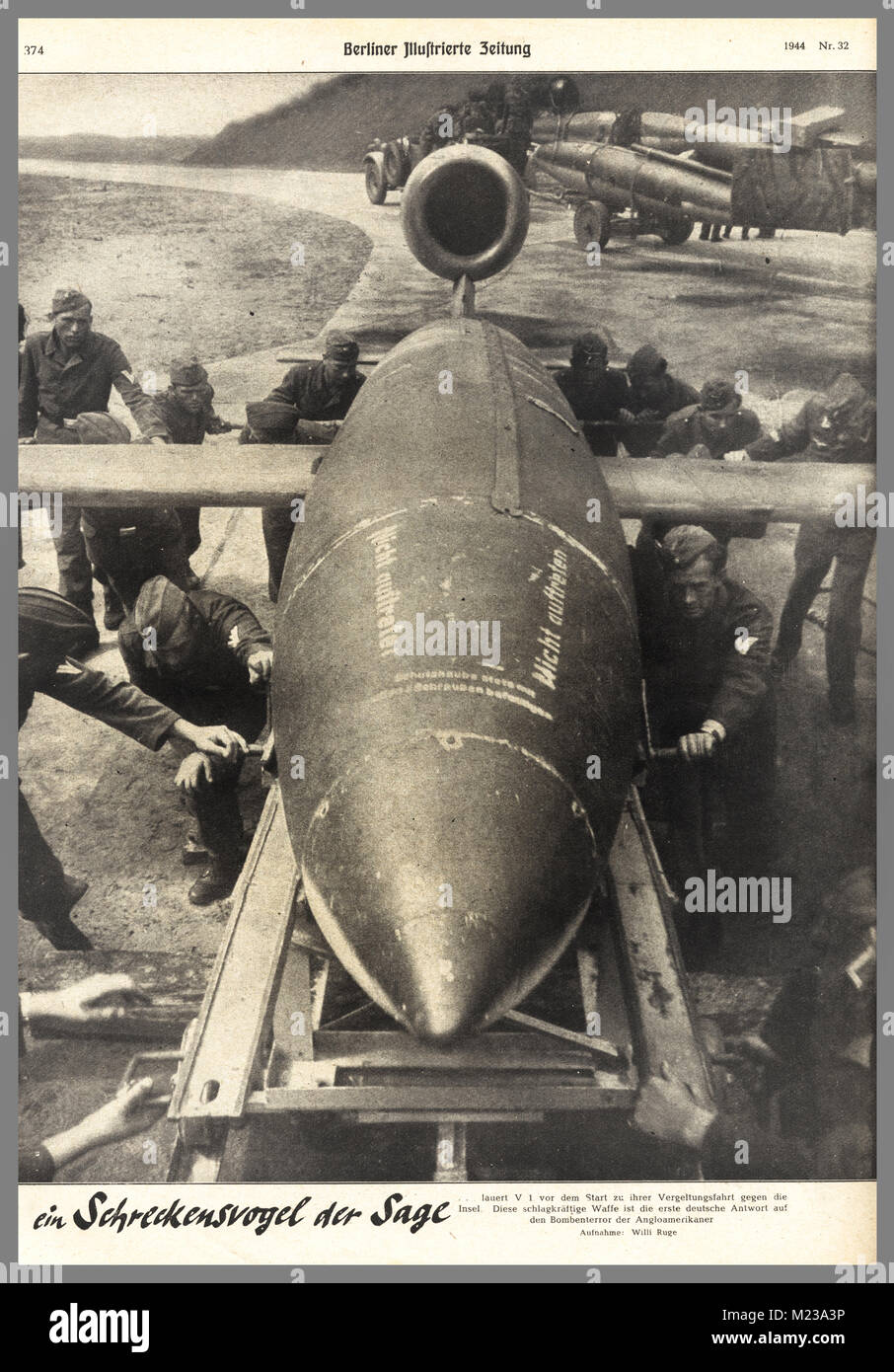 WW2 ....VI and V2 Rockets 1944/1945 Nazi Propaganda to the German People The 'miracle terror weapon' V1 - Stock Image