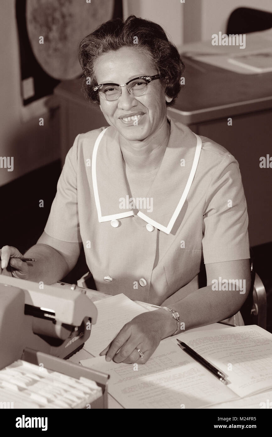 Katherine Johnson, one of NASA's 'human computers' featured in the film Hidden Figures, at her desk - Stock Image