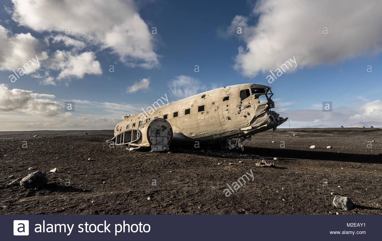 Crashed DC-3 - Stock Image