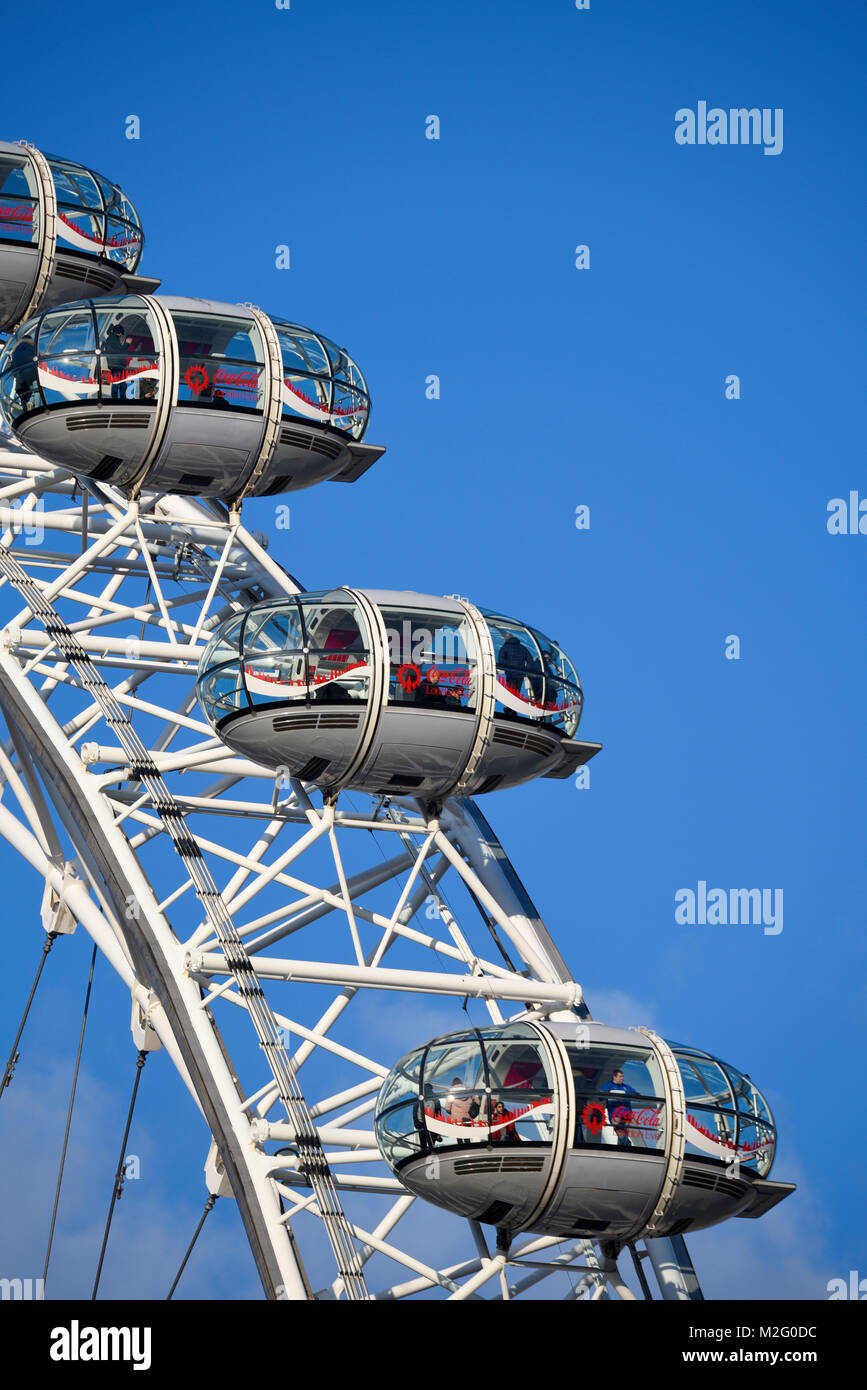 London Eye Capsule Tourists Stock Photos & London Eye