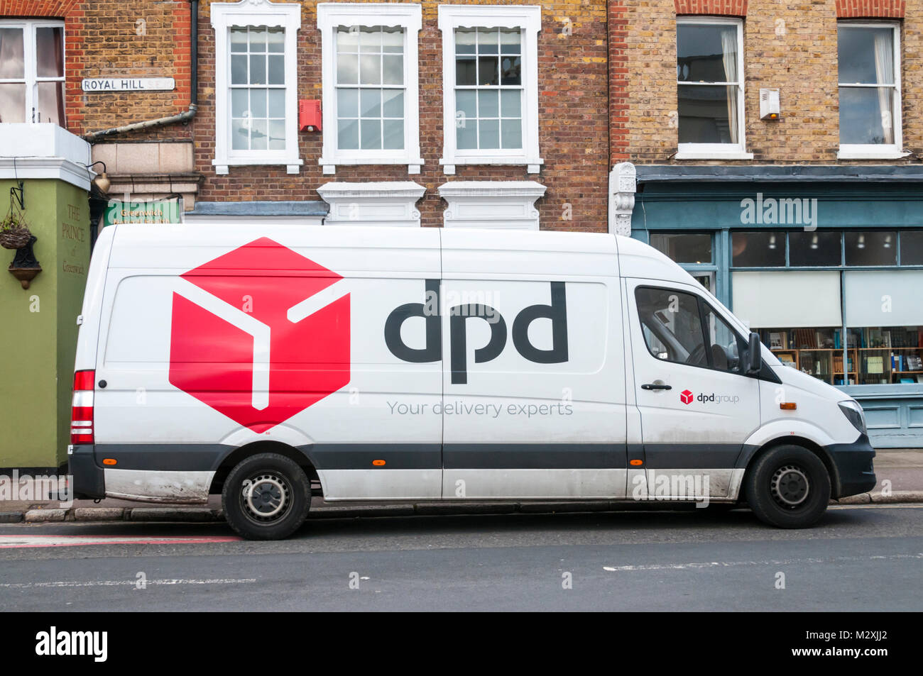 Dpd Delivery Truck Stock Photos Dpd Delivery Truck Stock – Desenhos