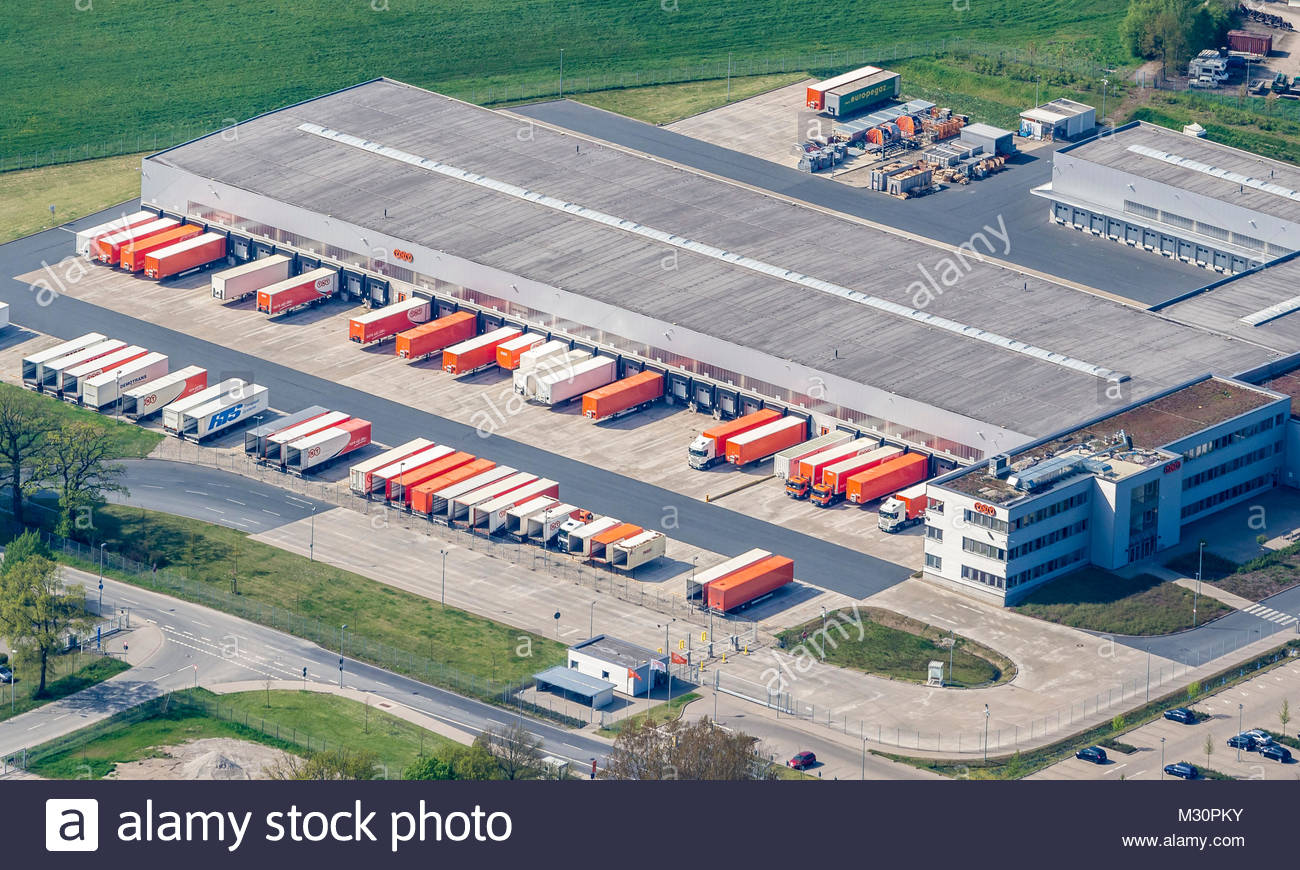 Parcel service TNT, logistic road hub at airport Hannover Langenhagen, Hannover, Lower Saxony, Germany - Stock Image