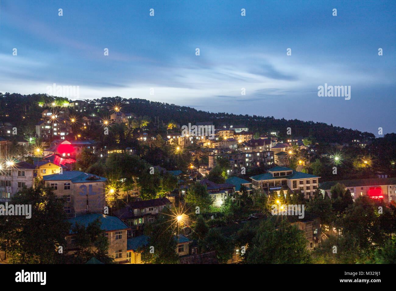 Night view of Mount Lu in Jiangxi, Jiujiang - Stock Image
