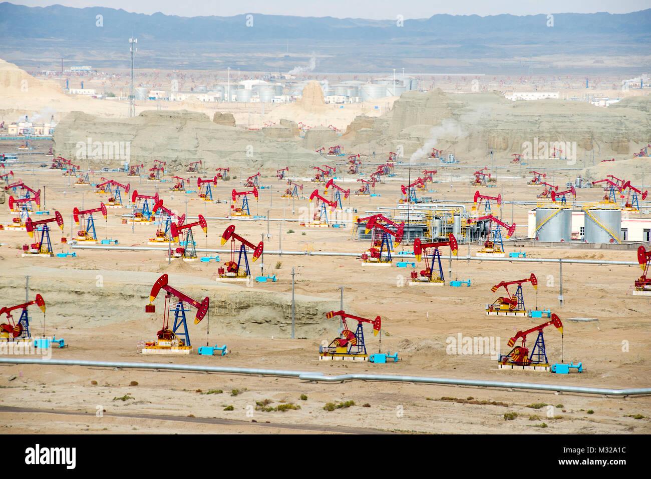 Xinjiang Karamay Fengcheng Oilfield - Stock Image