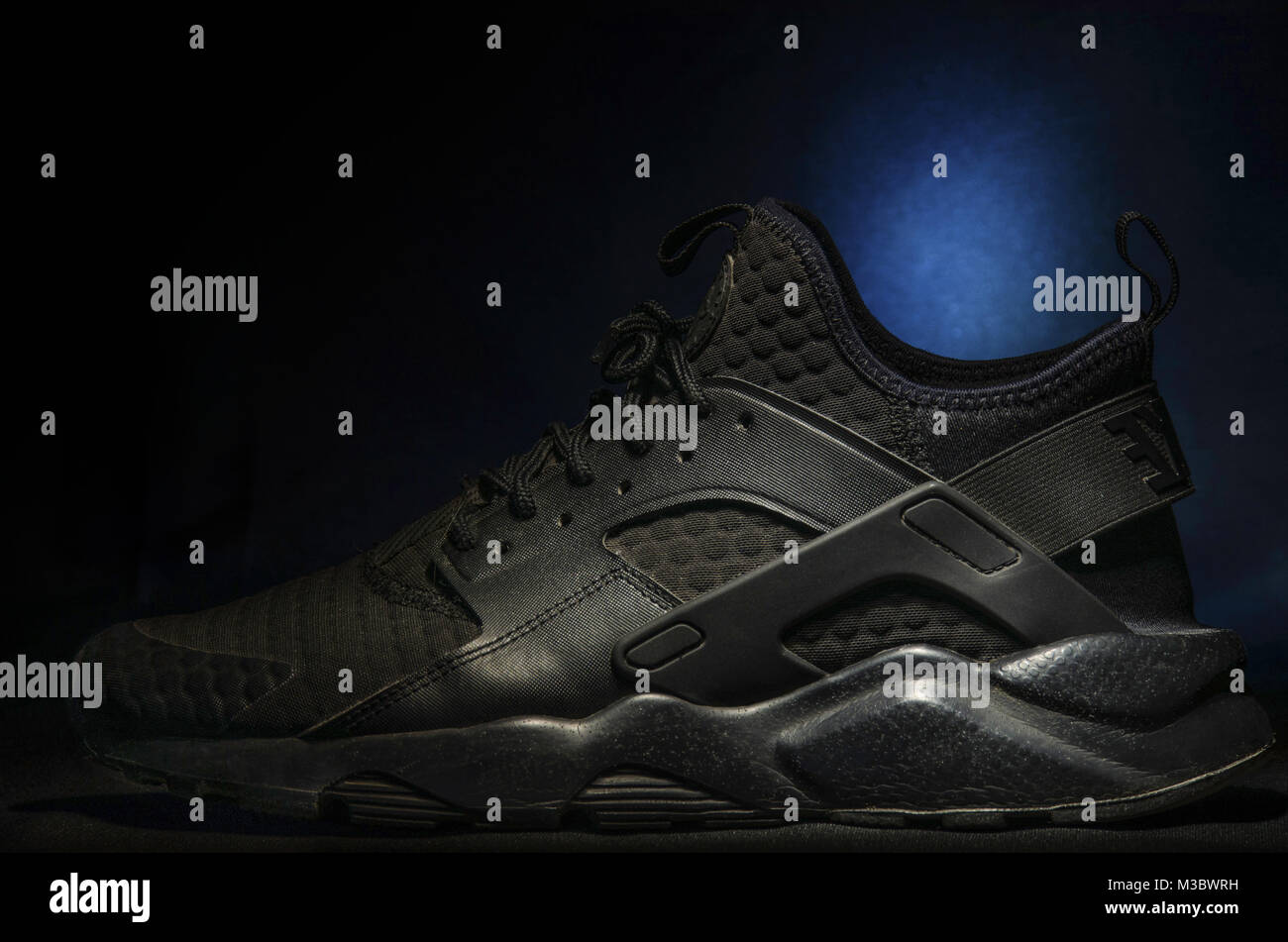 Nike Air Huarache Ultra Se Women S Shoe Midnight Navy On