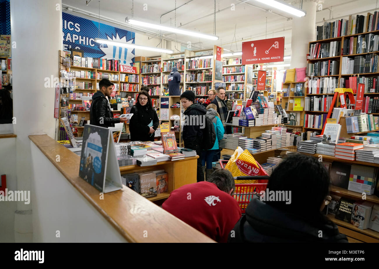 customers inside of Strand Books bookstore.Manhattan.New York City.USA - Stock Image