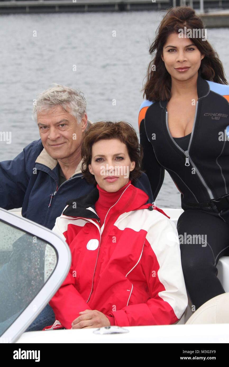 Dreharbeiten am Set von Kuestenwache, 15. Staffel, Neustadt i.H., 06.04.2011, Gastrolle wird von Indira Weis gespielt, - Stock Image